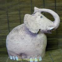 Слон, д.32, в.25см,цена 900руб